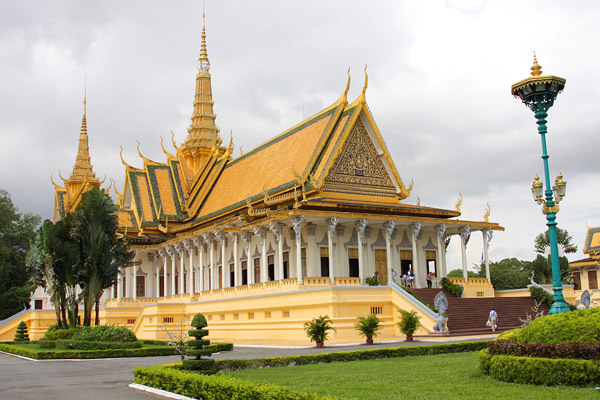 Famous landmark in south east asia pictures to pin on for Asia famous buildings