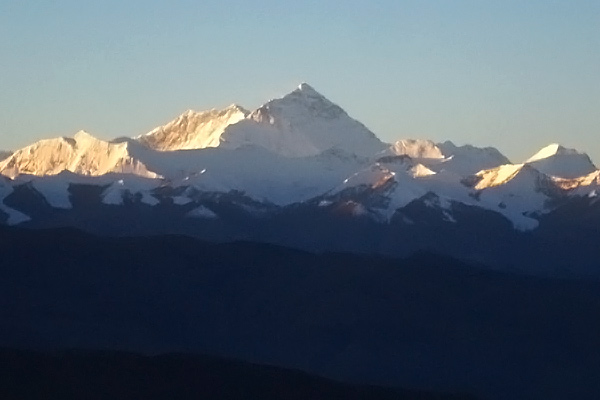 Mt. Everest from Qomolangma lookout