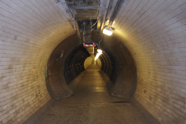 Thames foot tunnel